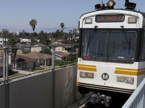 An Expo Line train pulls into the Expo/Bundy Station in West Los Angeles on July 2, 2018. (Credit: Luis Sinco / Los Angeles Times)
