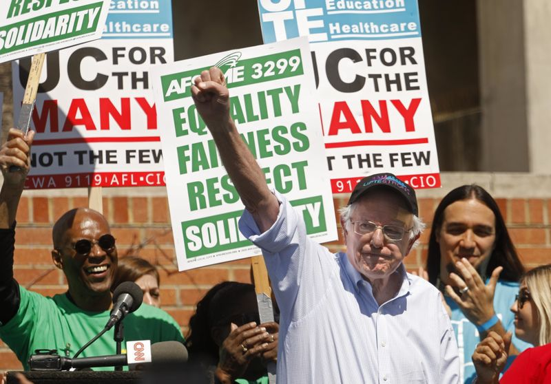 Sen. Bernie Sanders concludes his speech at UCLA on March 20, 2019, in a show of solidarity with striking University of California research and technical workers. (Credit: Genaro Molina / Los Angeles Times)