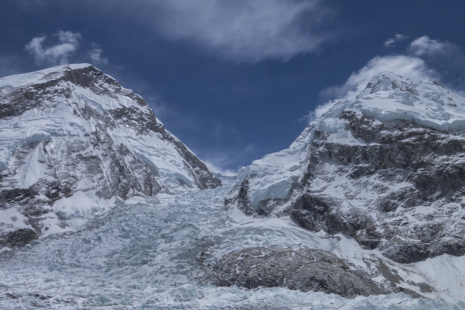 Glacier melt on Everest exposes the bodies of dead climbers. (Credit: CNN)
