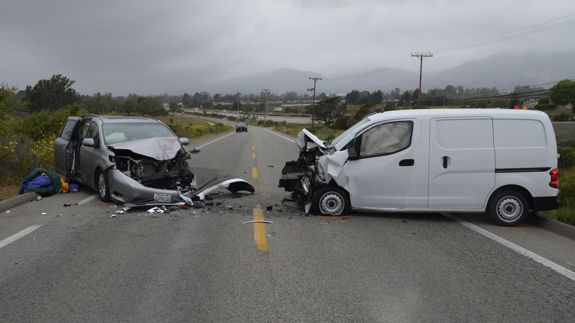 A woman died and five other people were hurt in a head-on crash in Carpinteria on April 20, 2019. (Credit: Santa Barbara County Sheriff's Office)