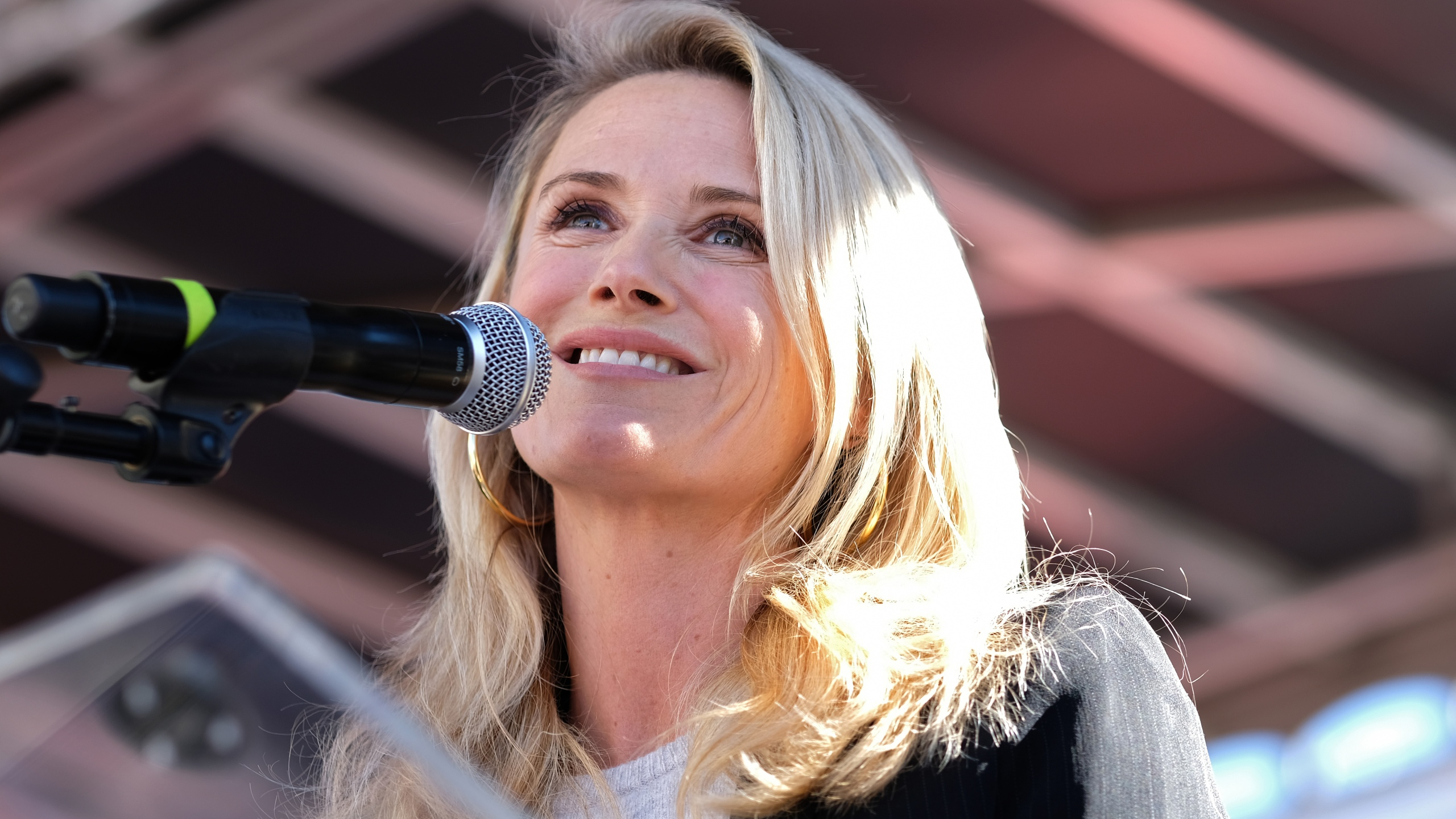 First partner of California Jennifer Siebel Newsom speaks at the Women's March in Los Angeles on Jan. 19, 2019. (Credit: Sarah Morris / Getty Images)