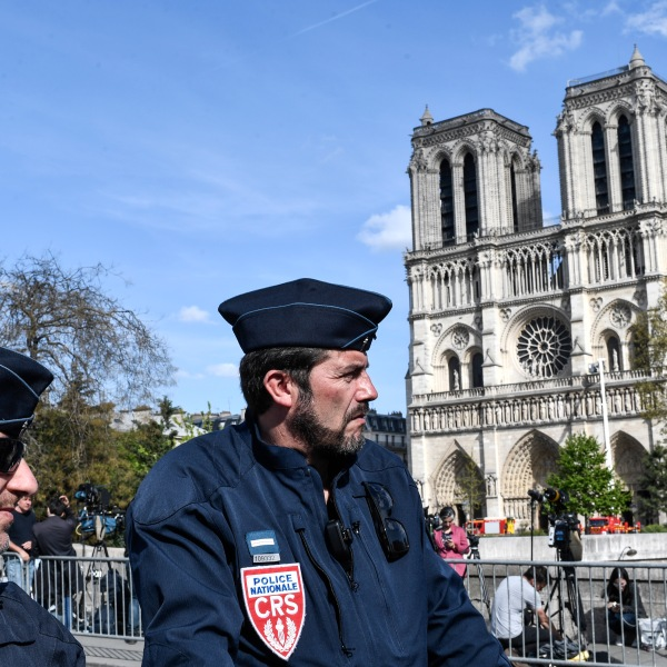Police block the access to the Notre Dame de Paris Cathedrale on April 17, 2019 in central Paris. (Credit: STEPHANE DE SAKUTIN/AFP/Getty Images)