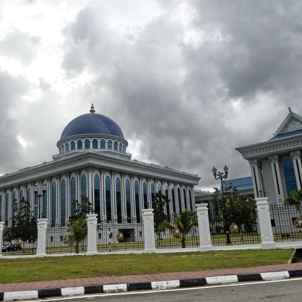 A Brunei parliament building is seen in the capital city Bandar Seri Begawan on April 26, 2013. (Credit: ROSLAN RAHMAN/AFP/Getty Images)