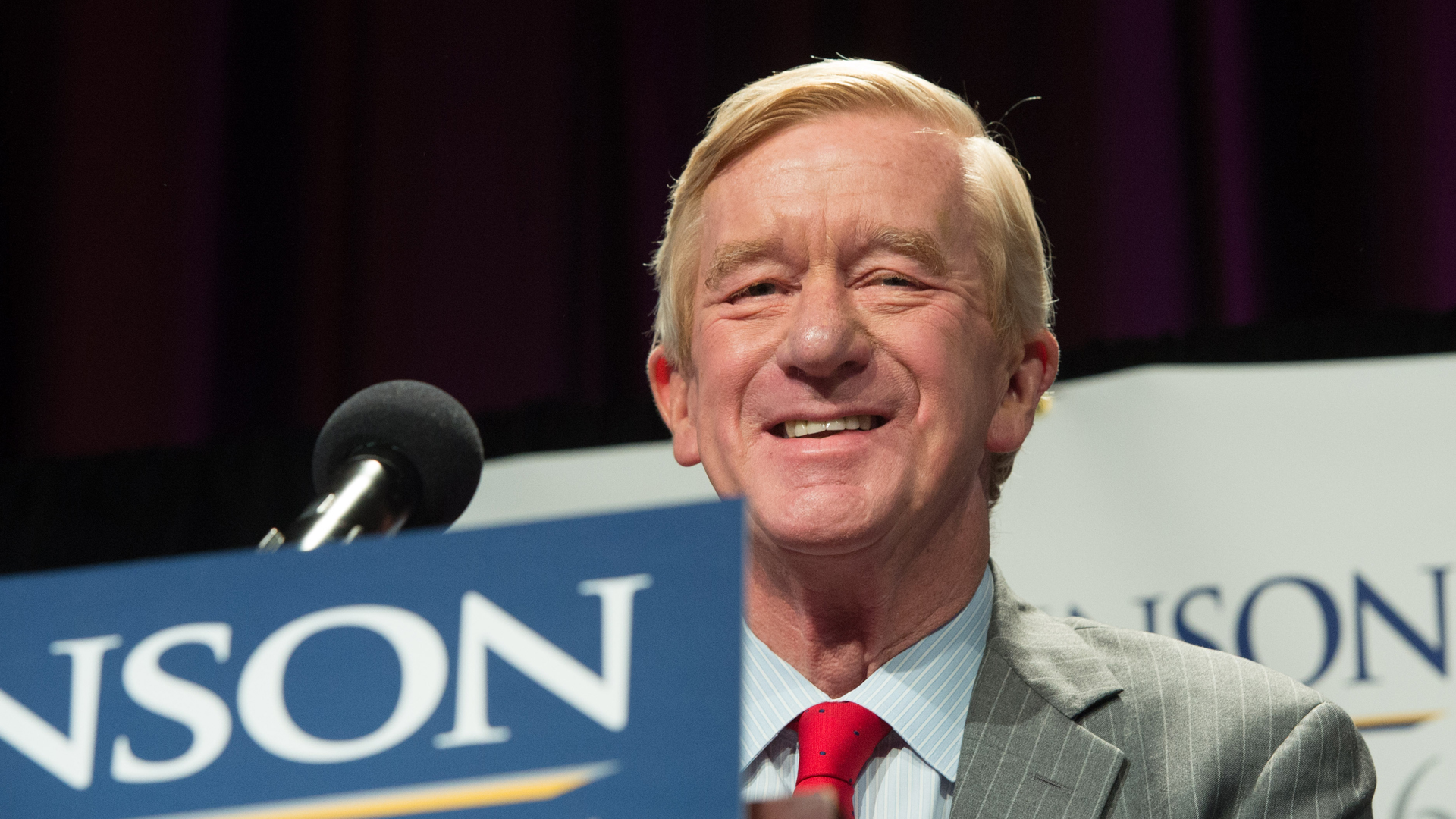 Bill Weld, the vice presidential nominee on the Libertarian ticket in 2016, speaks at a rally on September 10, 2016 in New York. (Credit: BRYAN R. SMITH/AFP/Getty Images)