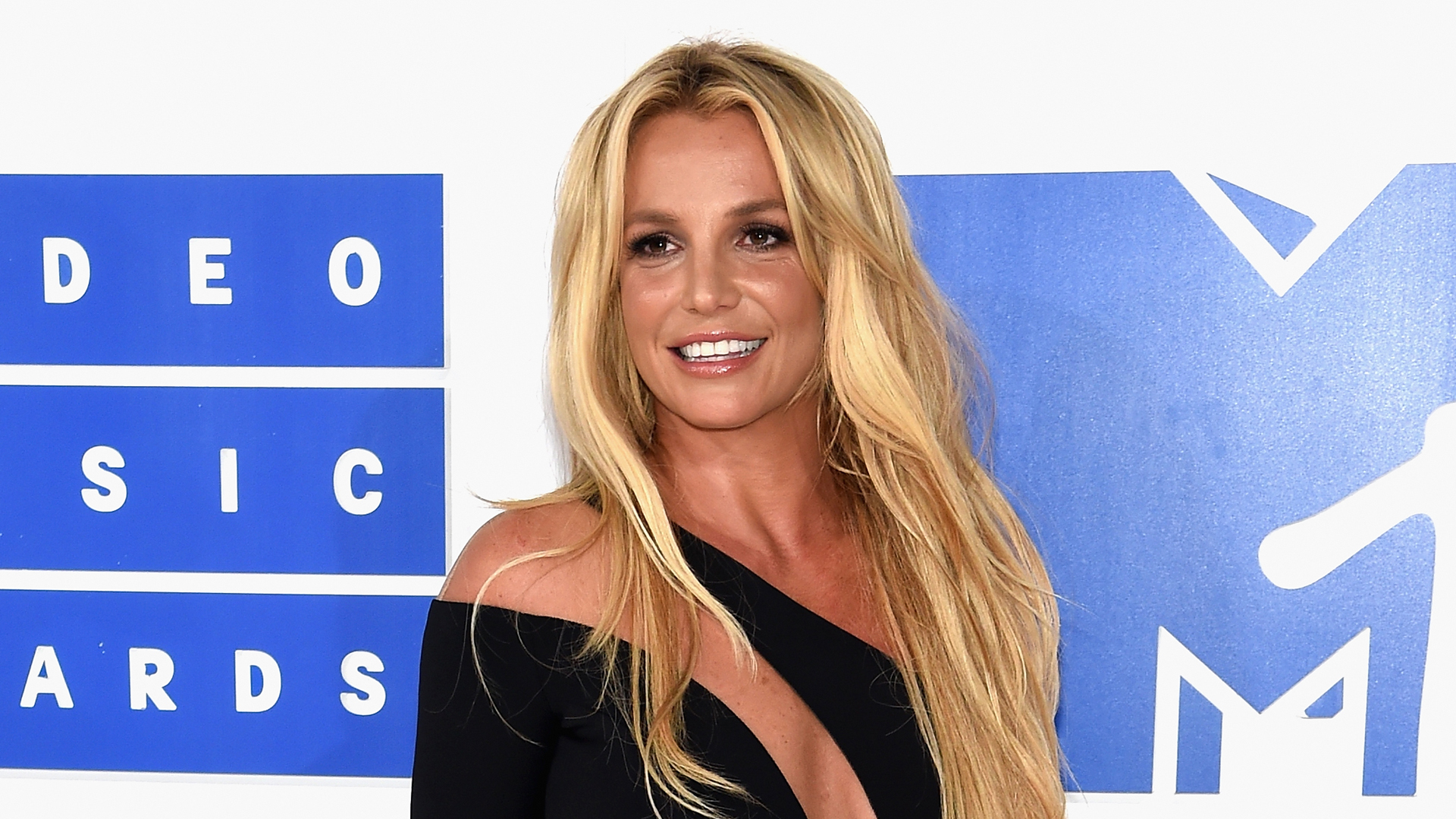 Britney Spears attends the 2016 MTV Video Music Awards at Madison Square Garden on August 28, 2016 in New York City. (Credit: Jamie McCarthy/Getty Images)