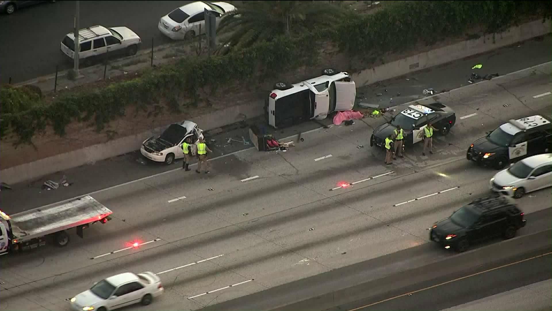 The scene of a fatal collision on the 10 Freeway in La Brea on May 2, 2019. (Credit: KTLA)