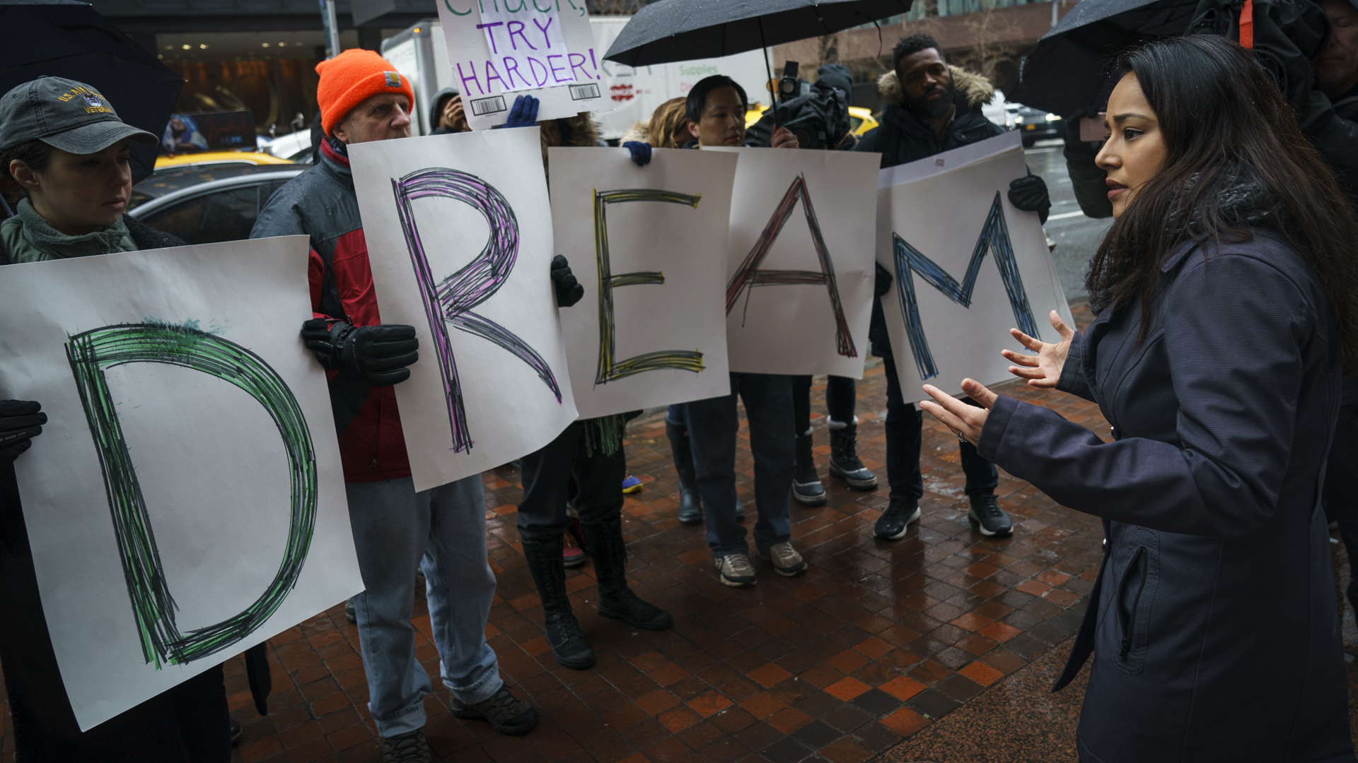 Activists rally for the passage of a 'clean' Dream Act, one without additional security or enforcement measures, outside the New York office of Sen. Chuck Schumer (D-NY), January 17, 2018 in New York City. (Credit: Drew Angerer/Getty Images)
