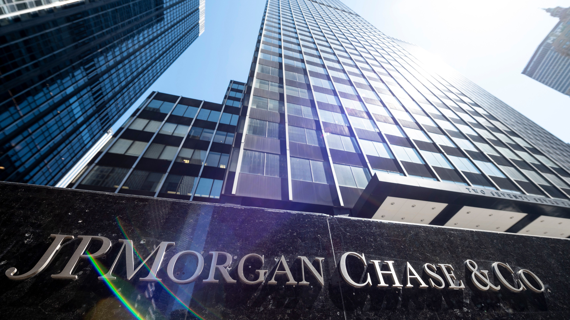 The JPMorgan Chase & Co. World headquarters is pictured on April 17, 2019 in New York City. (Credit: JOHANNES EISELE/AFP/Getty Images)