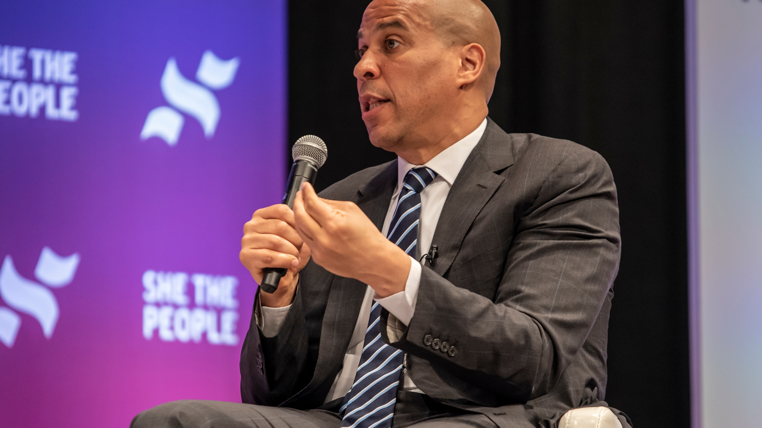 Democratic presidential candidate Sen. Cory Booker (D-NJ) speaks to a crowd at the She The People Presidential Forum at Texas Southern University on April 24, 2019 in Houston, Texas. (Credit: Sergio Flores/Getty Images)