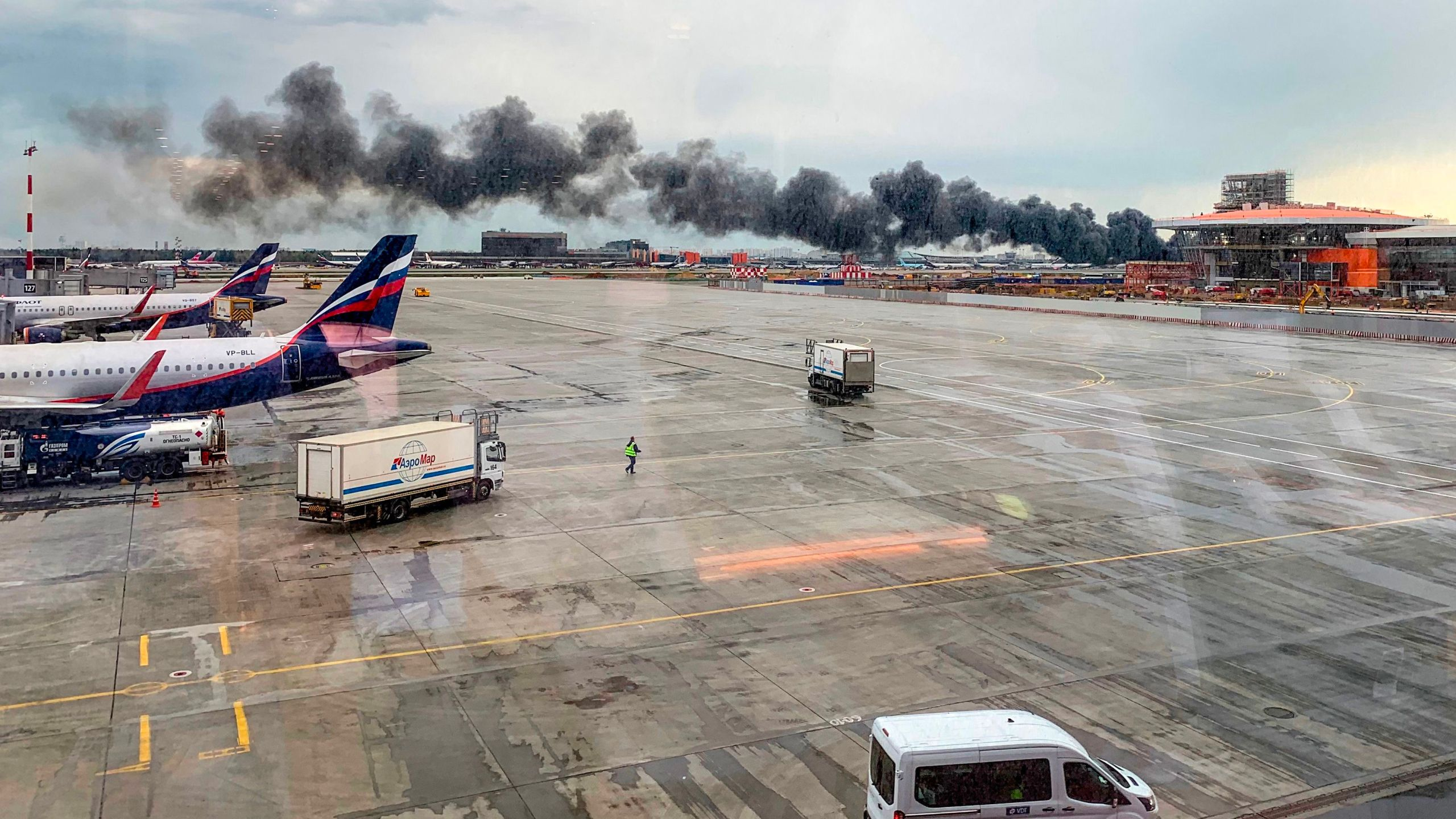 A picture taken on May 5, 2019, shows a fire of a Russian-made Superjet-100 at Sheremetyevo airport outside Moscow. (Credit: VIKTOR MARCHUKAITES/AFP/Getty Images)