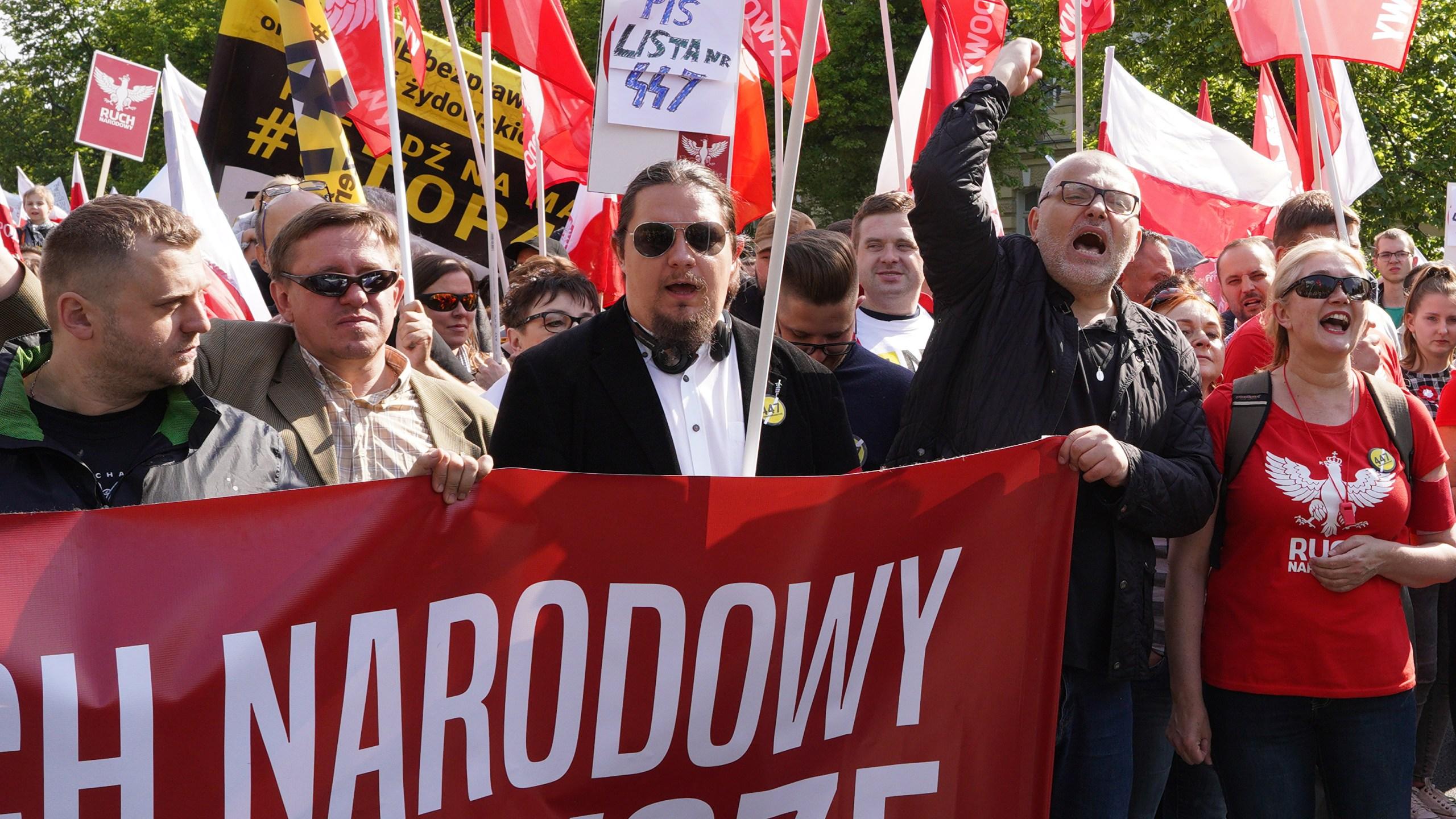 Demonstrators protest U.S. Senate's 447 bill, in Warsaw on May 11, 2019. (Credit: ALIK KEPLICZ/AFP/Getty Images)