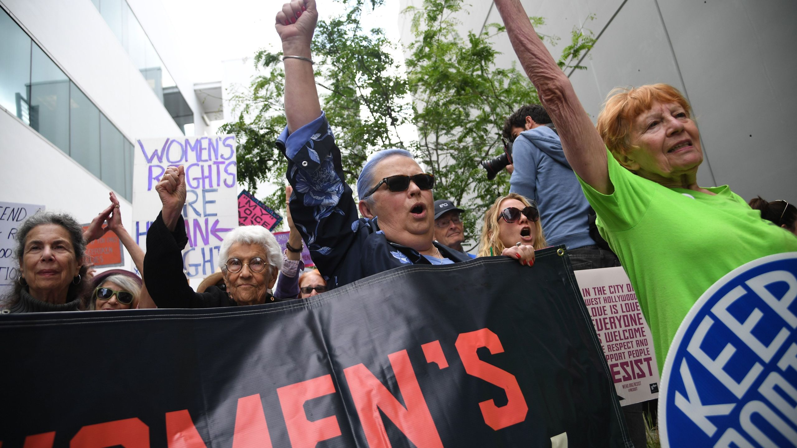 Reproductive rights advocates in West Hollywood rally against new restrictions being enacted on abortions in several U.S. states in a national day of action on May 21, 2019. (Credit: Robyn Beck / AFP / Getty Images)