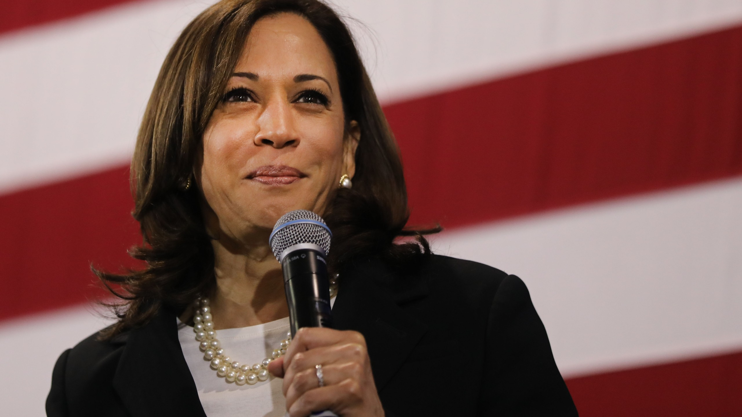 Democratic presidential candidate Sen. Kamala Harris speaks at a campaign stop in Nashua, New Hampshire, on May 15, 2019. (Credit: Spencer Platt / Getty Images)