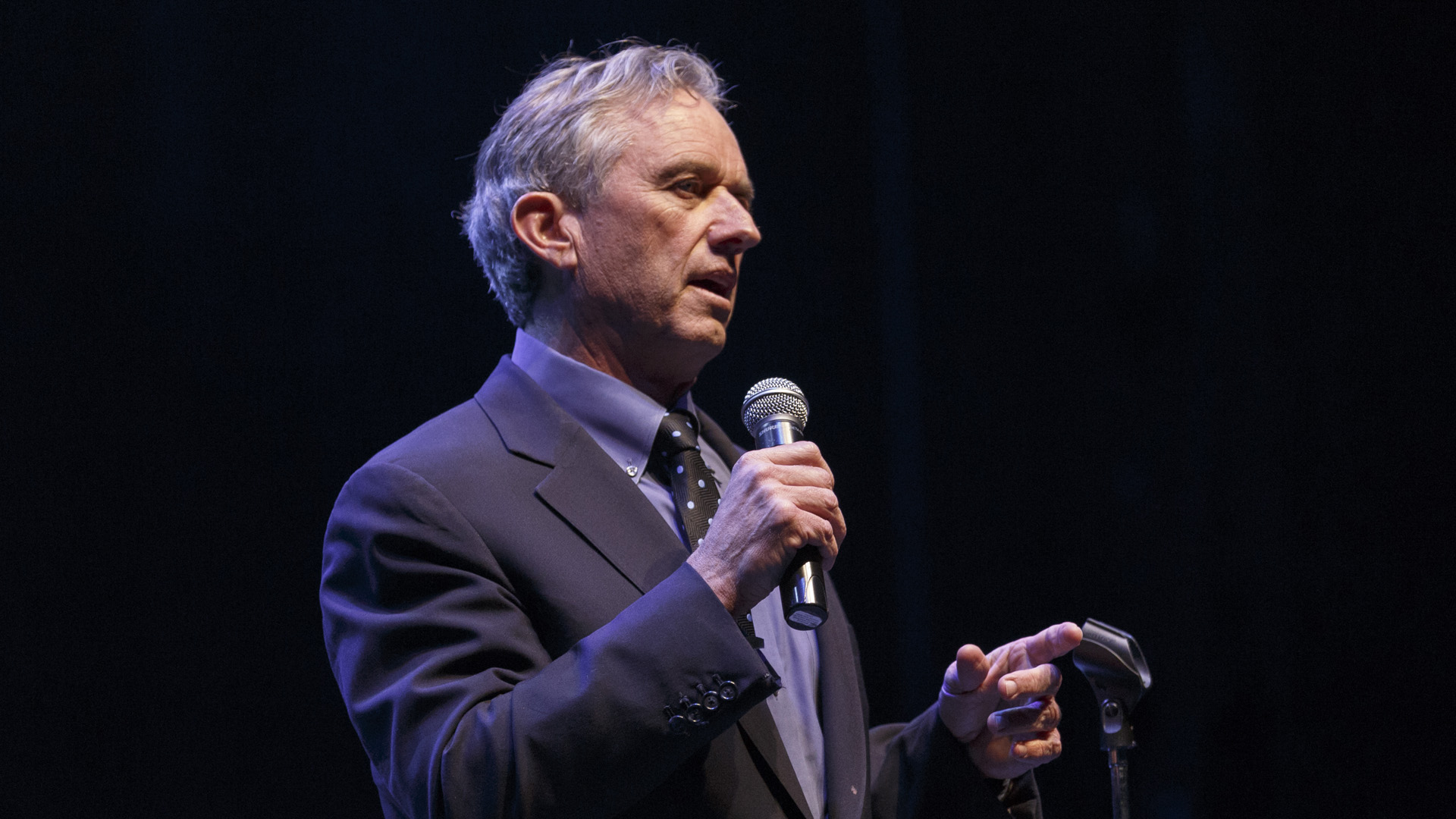 Robert F. Kennedy, Jr. speaks on stage at the Keep It Clean To Benefit Waterkeeper Alliance Live Earth Day Comedy Benefit on April 22, 2015 in Los Angeles, California. (Credit: Rich Polk/Getty Images for Waterkeeper Alliance)
