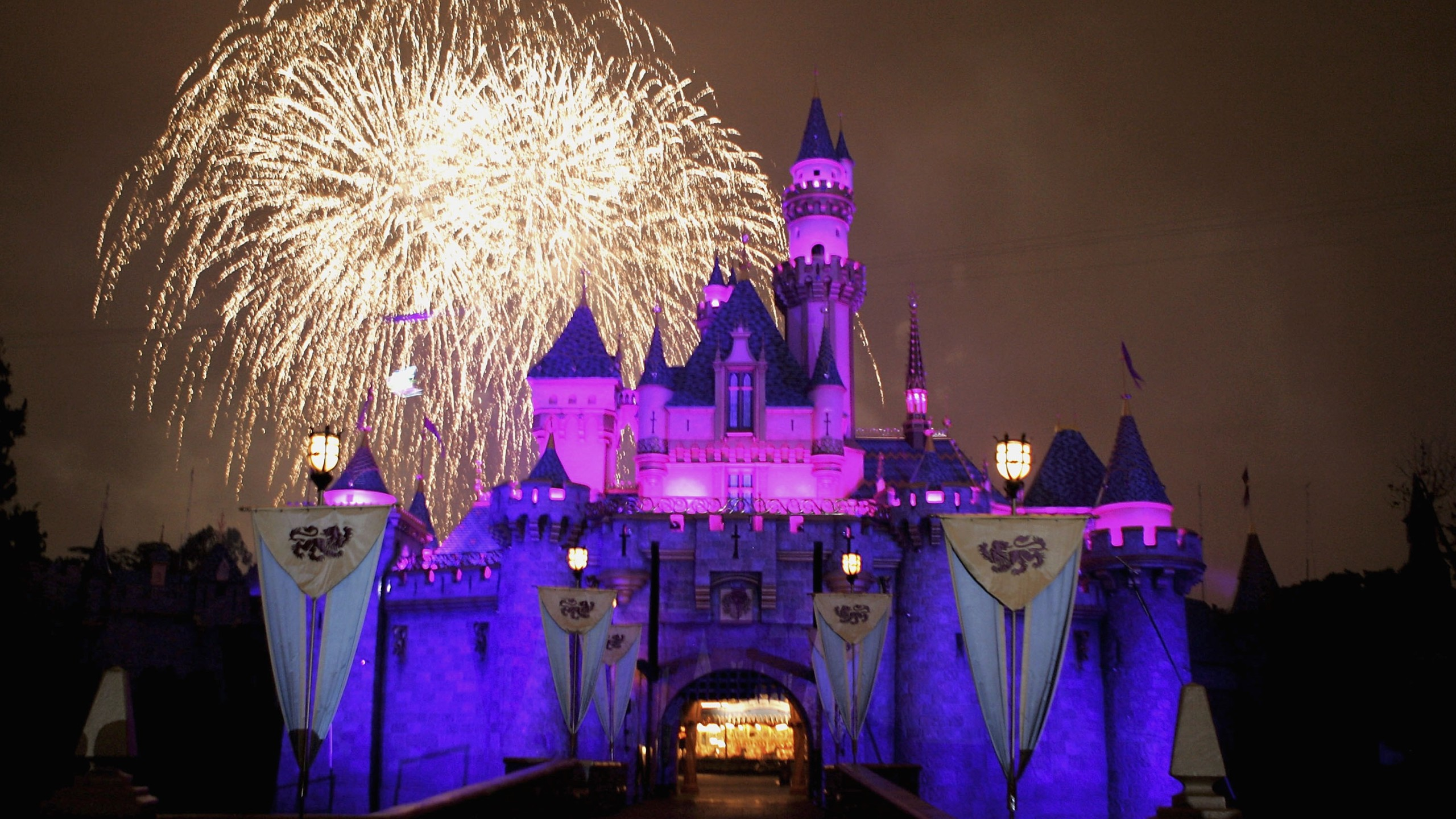 Fireworks explode over The Sleeping Beauty Castle during the Disneyland 50th Anniversary Celebration at Disneyland Park on May 4, 2005, in Anaheim, California. (Credit: Frazer Harrison/Getty Images)