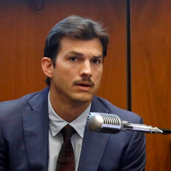 "Actor Ashton Kutcher testifies in court in Los Angeles on May 29, 2019, during the trial of People v Michael Thomas Gargiulo, also known as ""The Hollywood Ripper."" (Credit: Genaro Molina / POOL / AFP)"