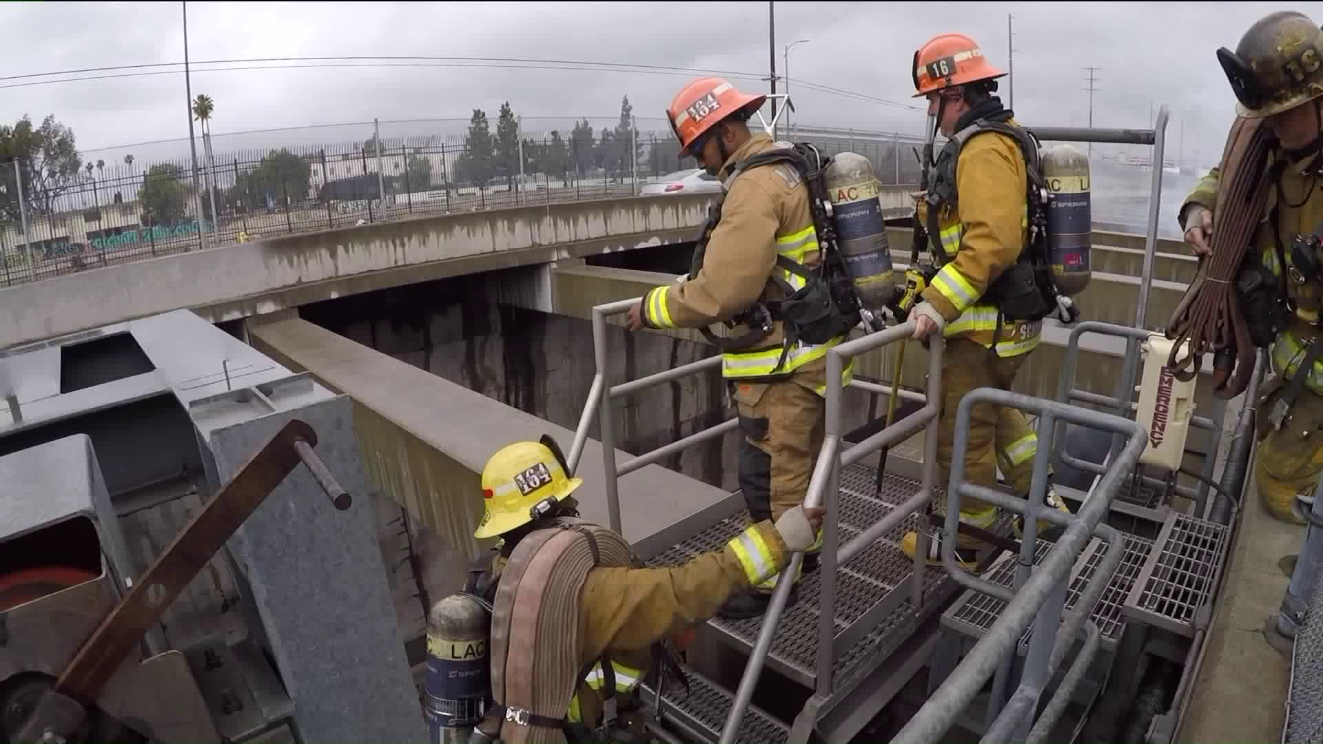 Firefighters from throughout Los Angeles County took part in emergency response training along the Alameda Corridor in Vernon on May 19, 2019. (Credit: KTLA)