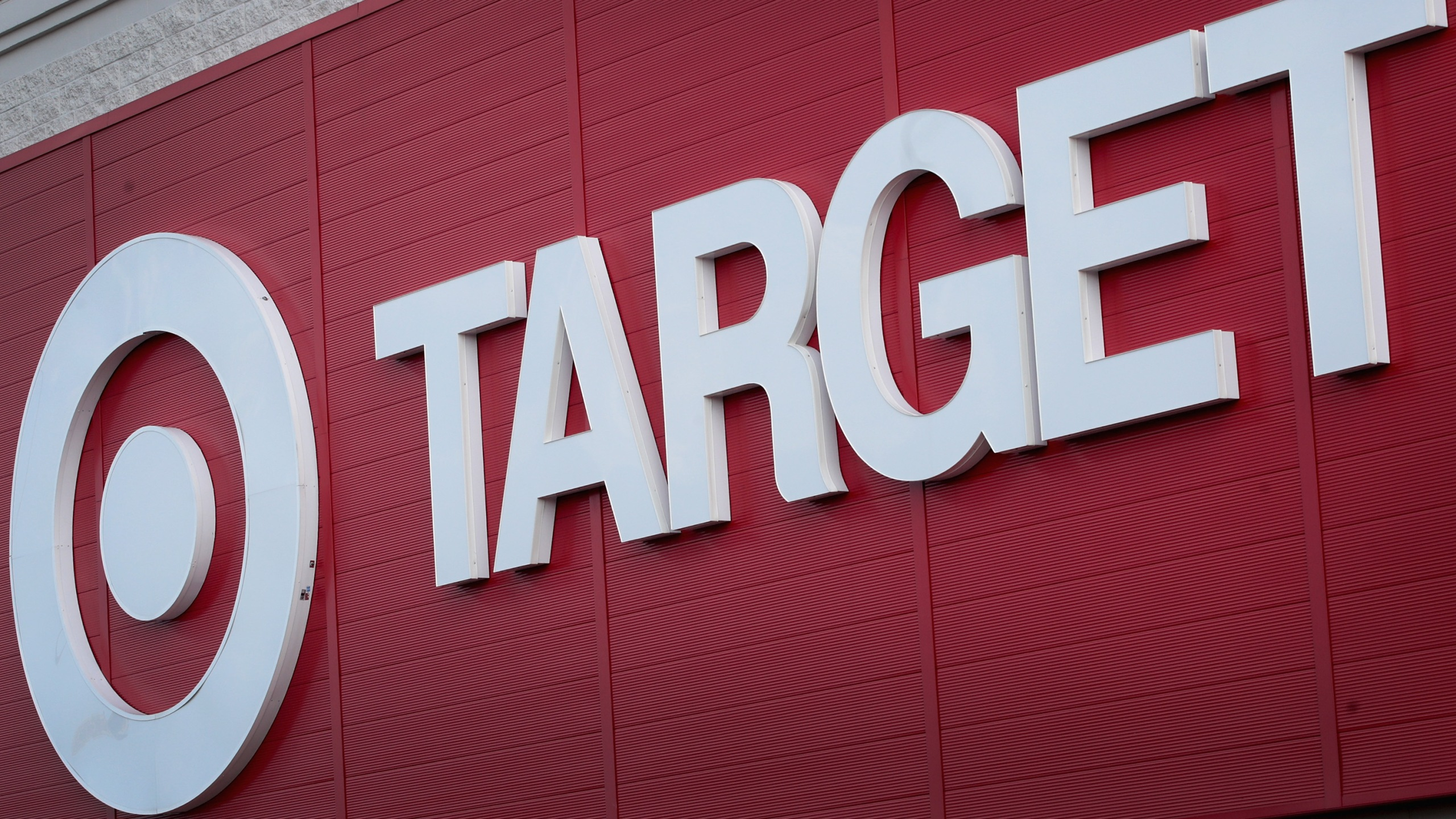 A sign hangs above a Target store on August 22, 2018 in Chicago. (Credit: Scott Olson/Getty Images)