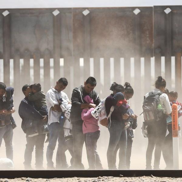 migrant border crossings