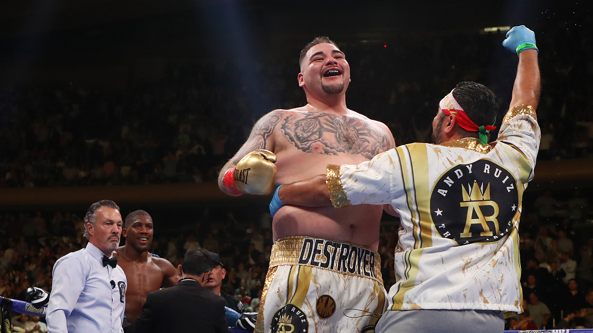 Andy Ruiz Jr. celebrates his seventh round TKO against Anthony Joshua after their IBF/WBA/WBO heavyweight title fight at Madison Square Garden on June 1, 2019 in New York City. (Credit: Al Bello/Getty Images)