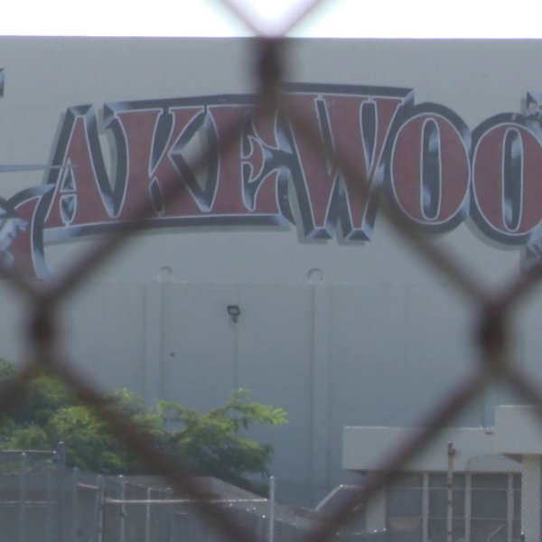 Lakewood High School on Briercrest Avenue in Lakewood is seen on Sept. 2, 2018. (Credit: KTLA)