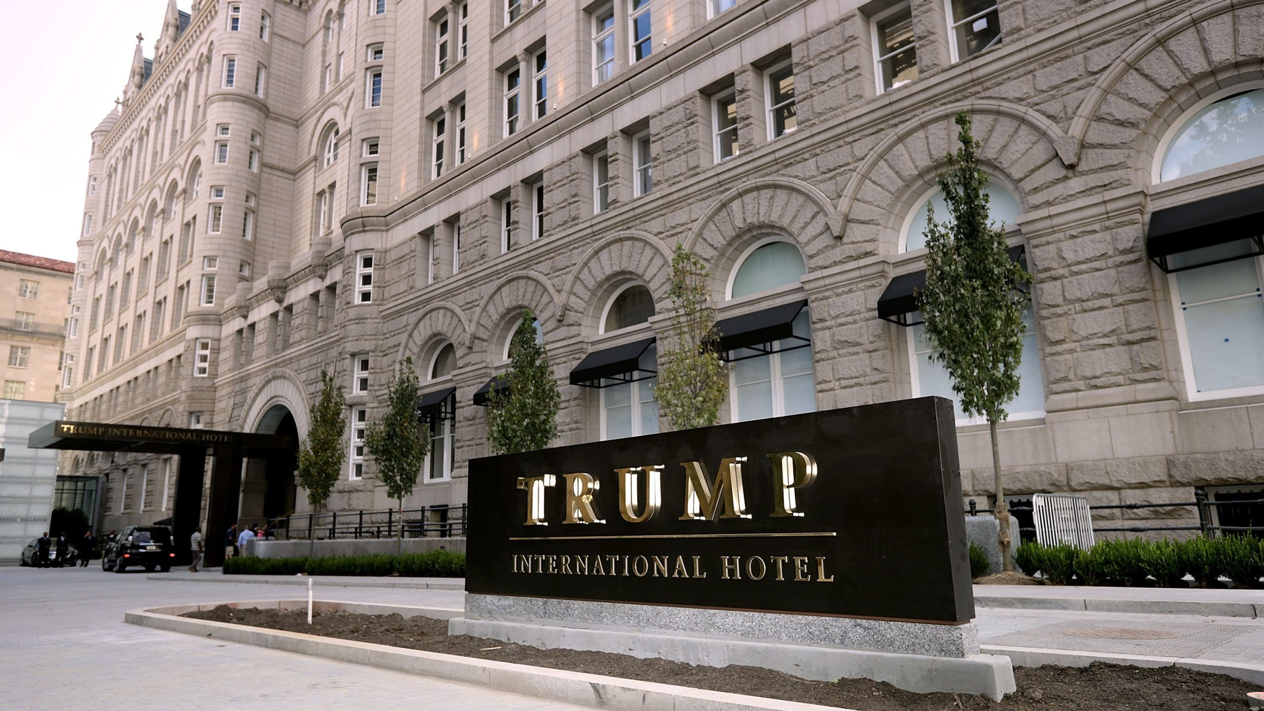 A federal judge told US House and Senate Democrats they can begin collecting financial evidence this week about Donald Trump's businesses for a lawsuit. (CNN photo)