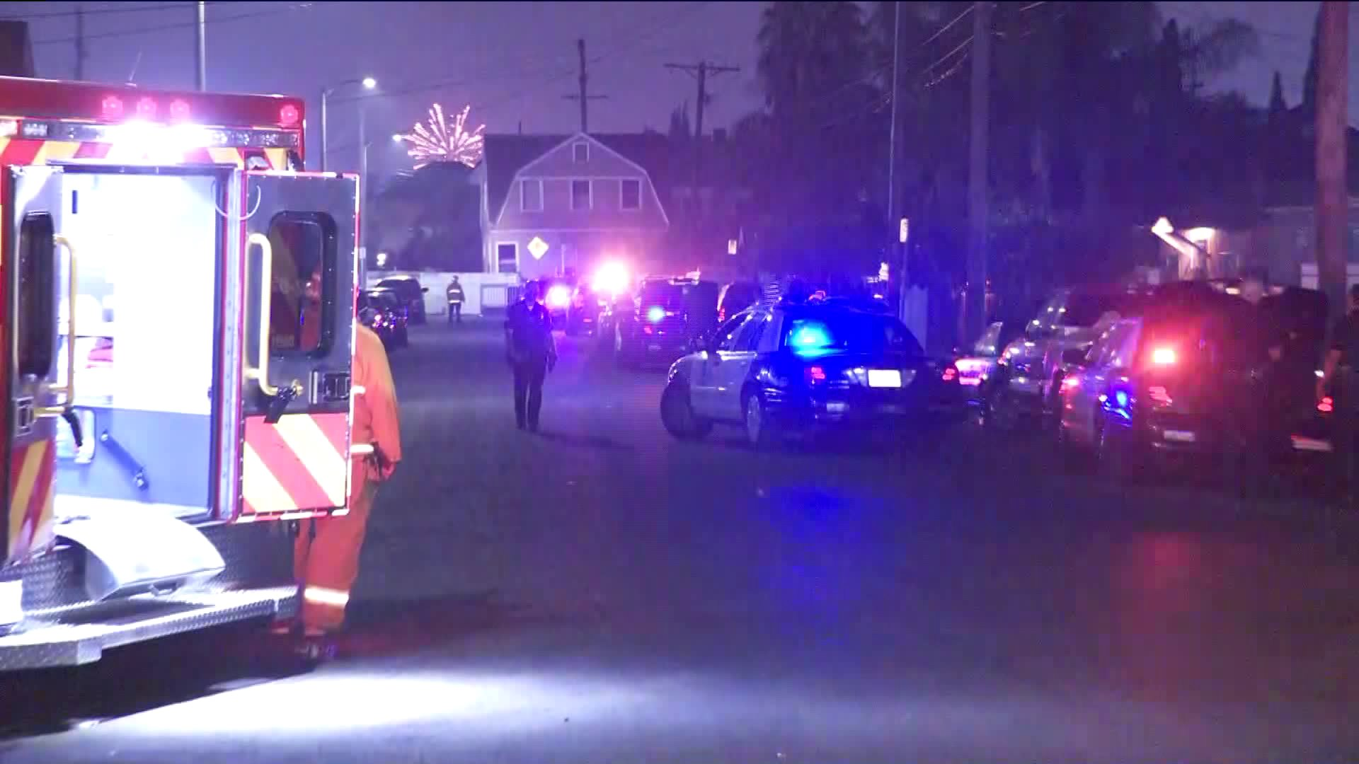 Officers respond to the scene of a shooting in South Central L.A. on July 4, 2019. (Credit: KTLA)