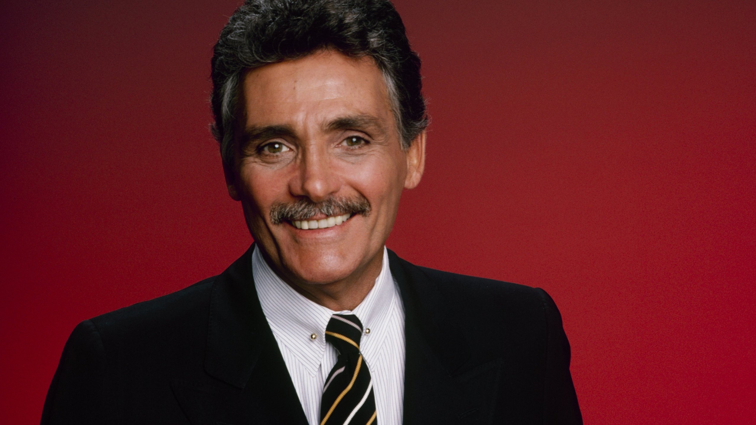 David Hedison poses for a photo on Nov. 11, 1985. (Credit: Walt Disney Television via Getty Images Photo Archives/Walt Disney Television via Getty Images)
