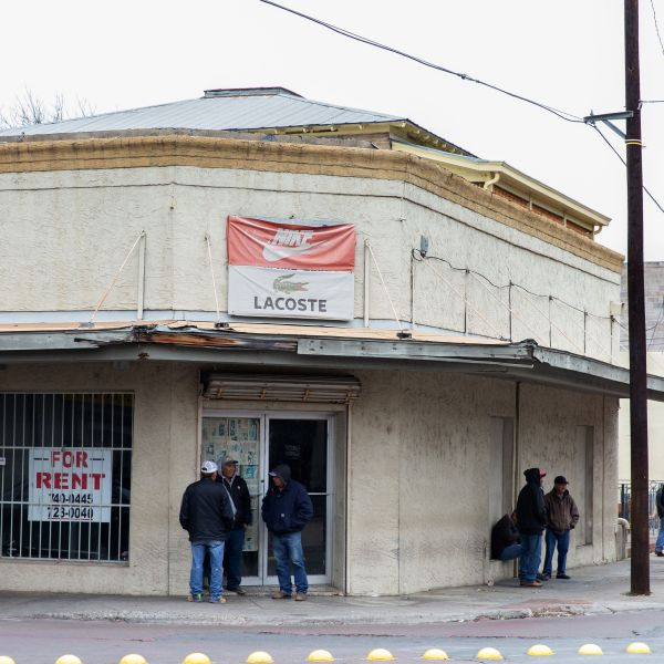 This picture shows a closed storefront in Laredo, Texas, on Jan. 14, 2019. Thousands of people cross back and forth every day, in cars or on foot, between Laredo, Texas and its sister city, Nuevo Laredo, in the Mexican state of Tamaulipas.(Credit: SUZANNE CORDEIRO/AFP/Getty Images)