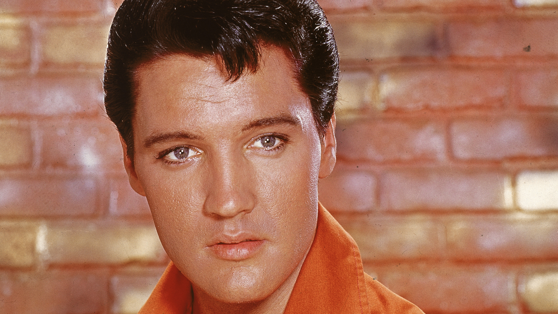 Elvis Presley is seen in a portrait from mid 1960s. (Credit: Hulton Archive/Getty Images)