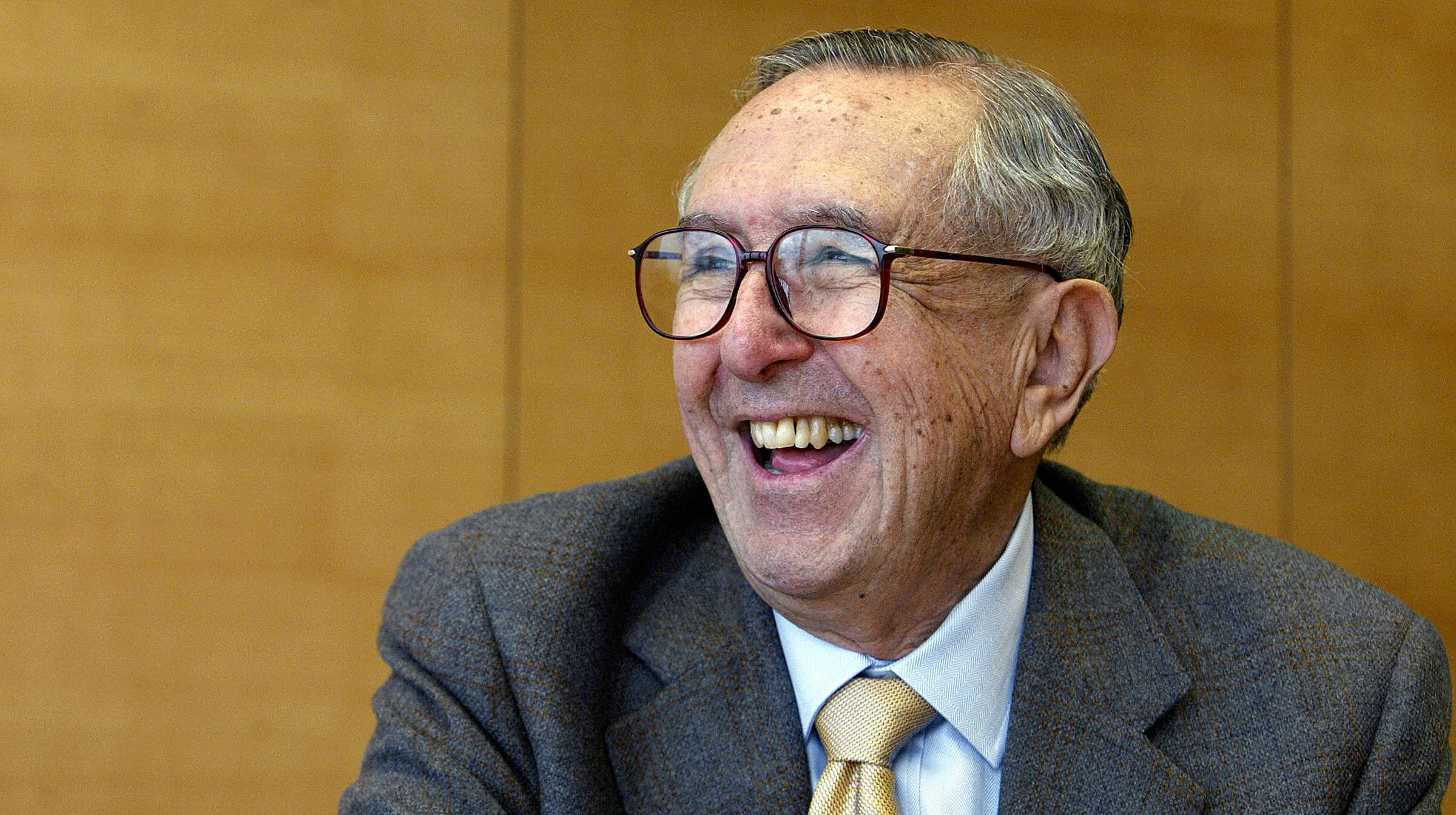 Cesar Pelli smiles during an interview with AFP in Hong Kong on March 17, 2005.(Credit: Philippe Lopez/AFP/Getty Images)