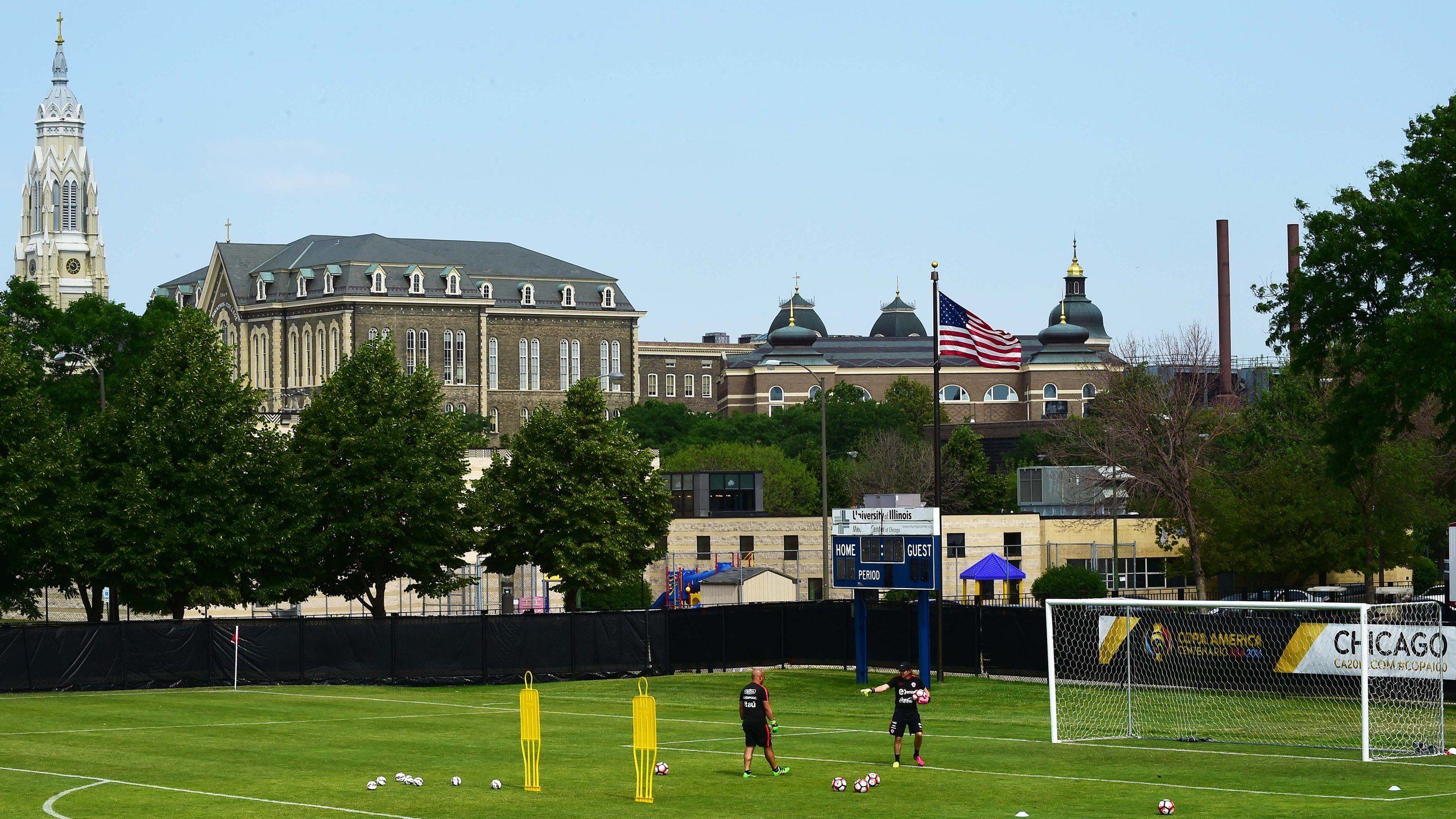 General view of the University of Illinois in Chicago as Chile's national soccer team attends a training session on June 20, 2016. (Credit: Alfredo Estrella / AFP / Getty Images)