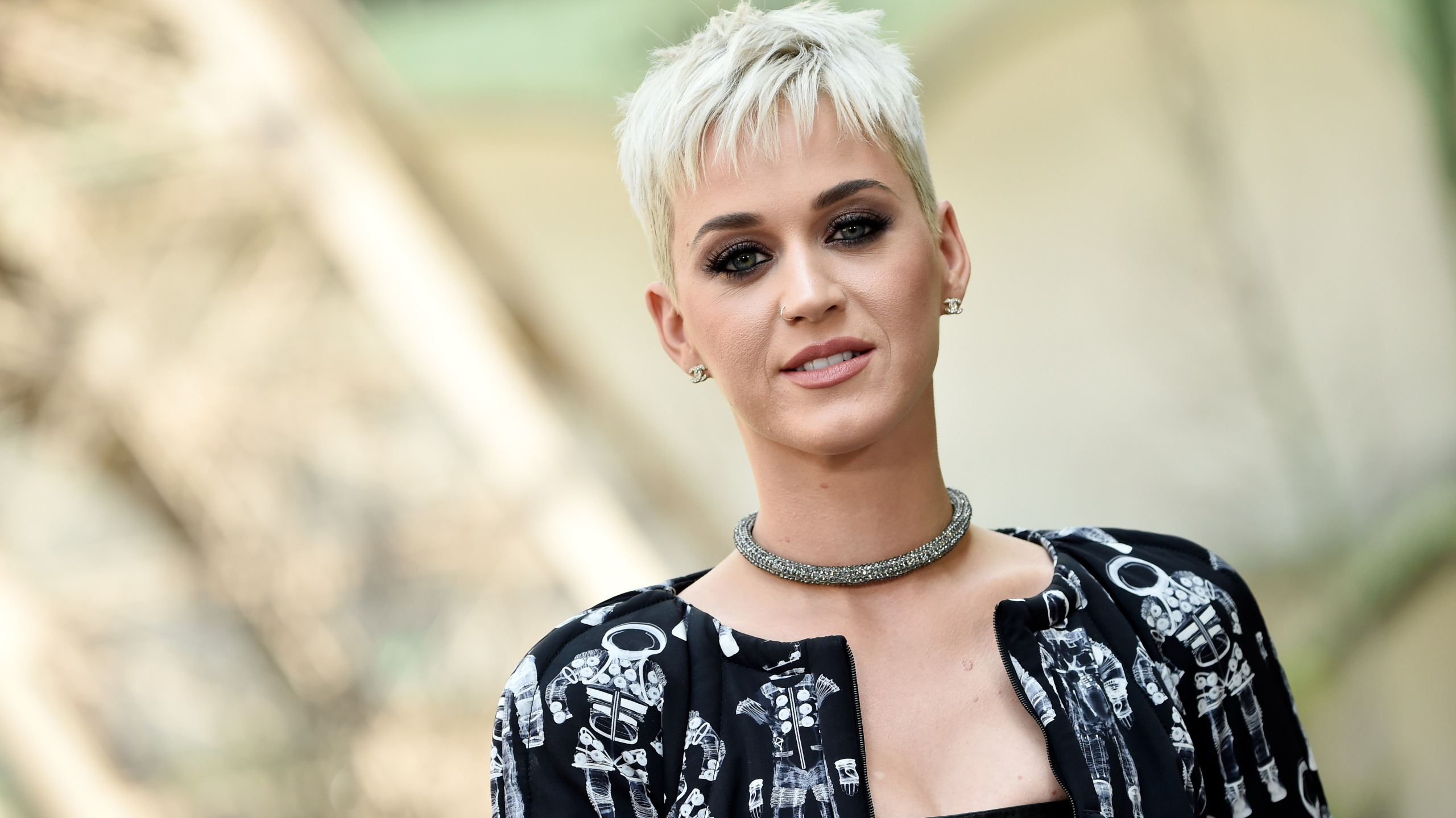 Katy Perry attends a Chanel Haute Couture fashion show in Paris on July 4, 2017. (Credit: Pascal Le Segretain / Getty Images)