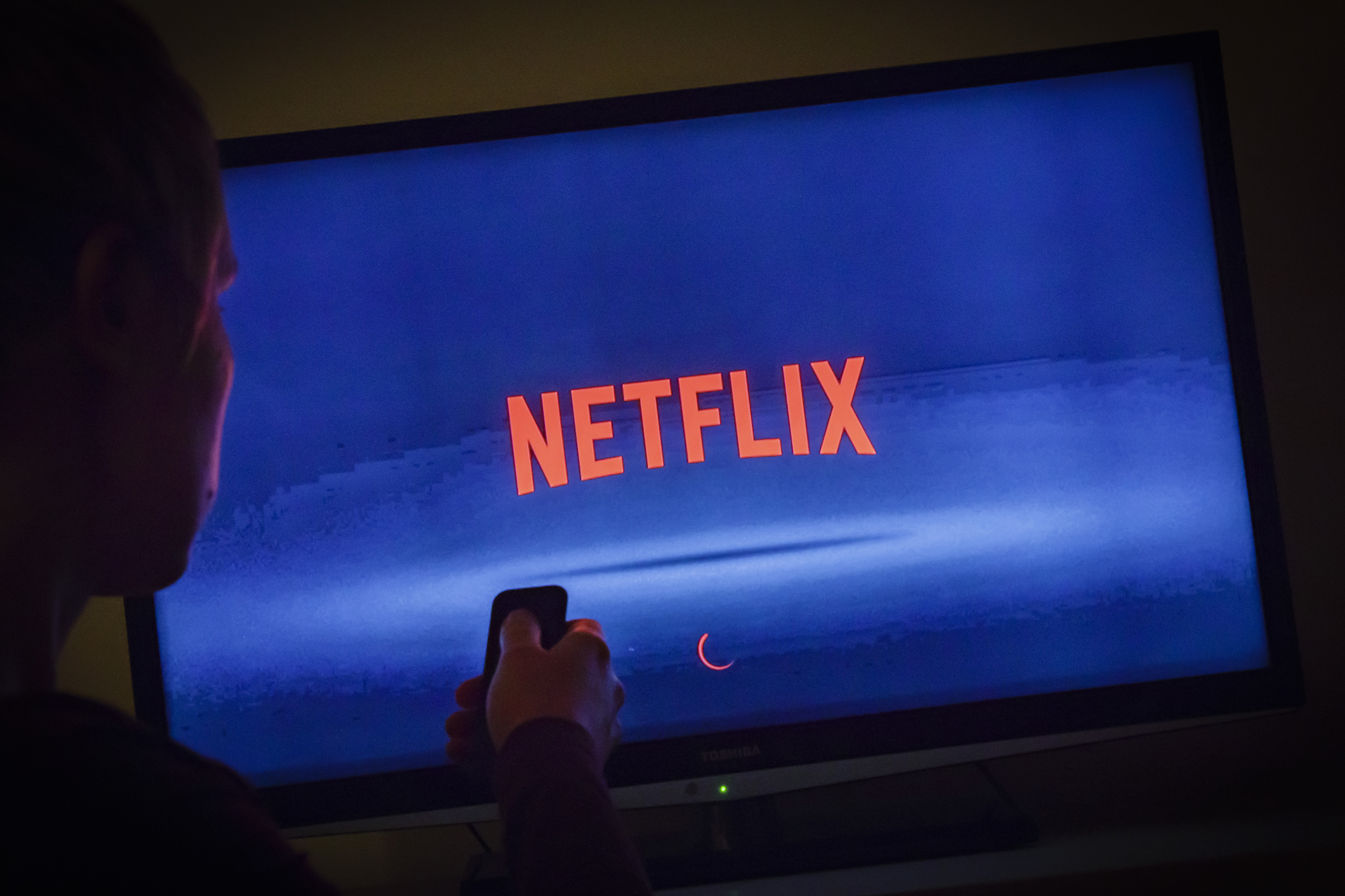 Eu Asks Netflix And Other Streaming Sites To Halt Hd Video So The Internet Doesn T Break Ktla