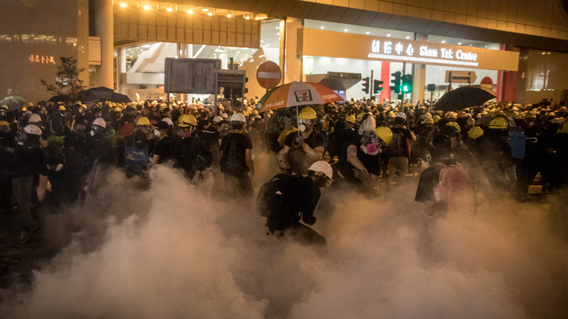 Protesters clash with police after taking part in an anti-extradition bill march on July 21, 2019 in Hong Kong, China. (Credit: Chris McGrath/Getty Images)