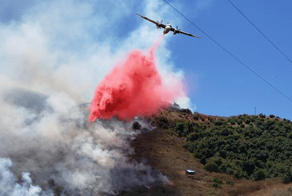 Firefighters battle a vegetation fire near Fillmore on July 14, 2019. (Credit: @CB_FirePhoto/ Venture County Fire Department)