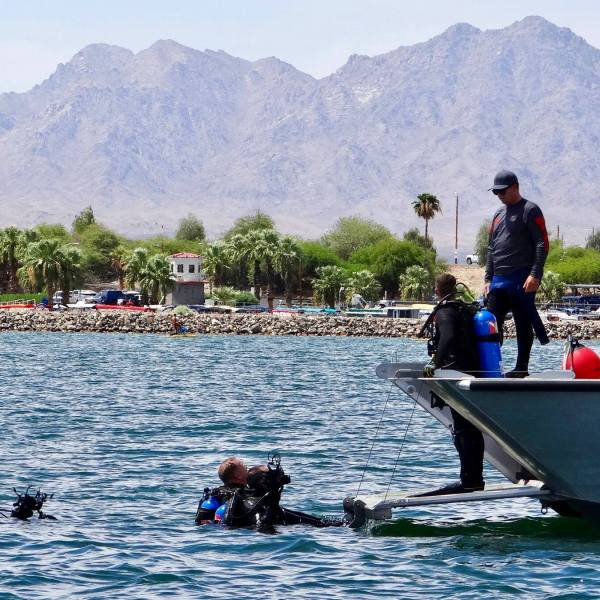 Divers search Lake Havasu on Aug. 23, 2019. (Credit: Mohave County Sheriff's Office/ Facebook)