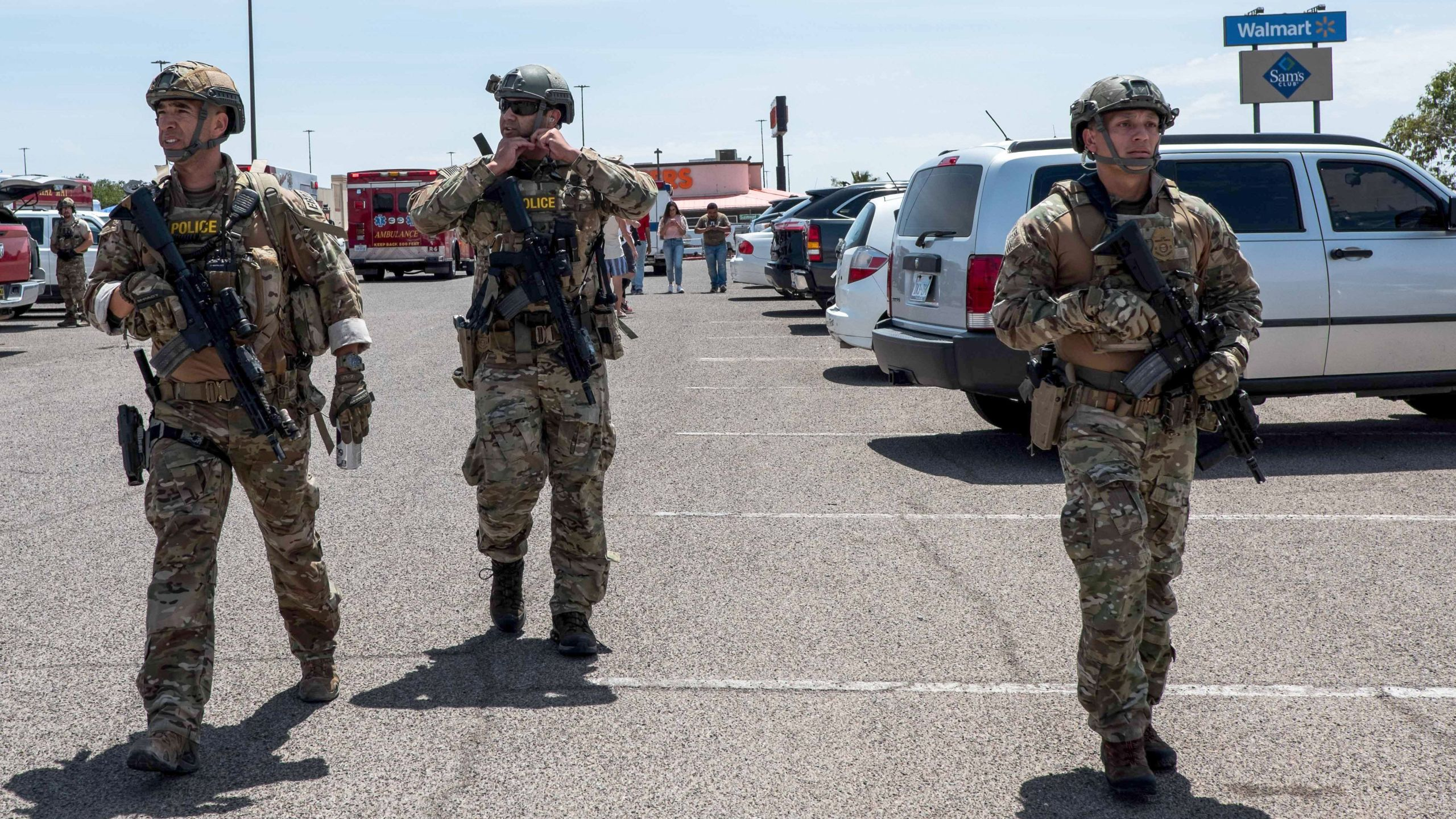 Law enforcement responds to a Walmart in El Paso, Texas, where a gunman killed 22 people on Aug. 3, 2019. (Credit: Joel Angel Juarez / AFP / Getty Images)