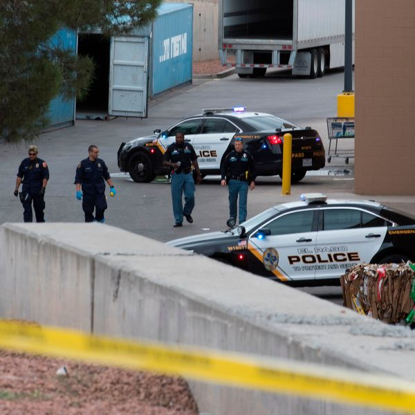 El Paso, Texas, Police and FBI continue to investigate the crime scene of the Cielo Vista Mall Walmart shootingon August 6, 2019. (Credit: MARK RALSTON/AFP/Getty Images)