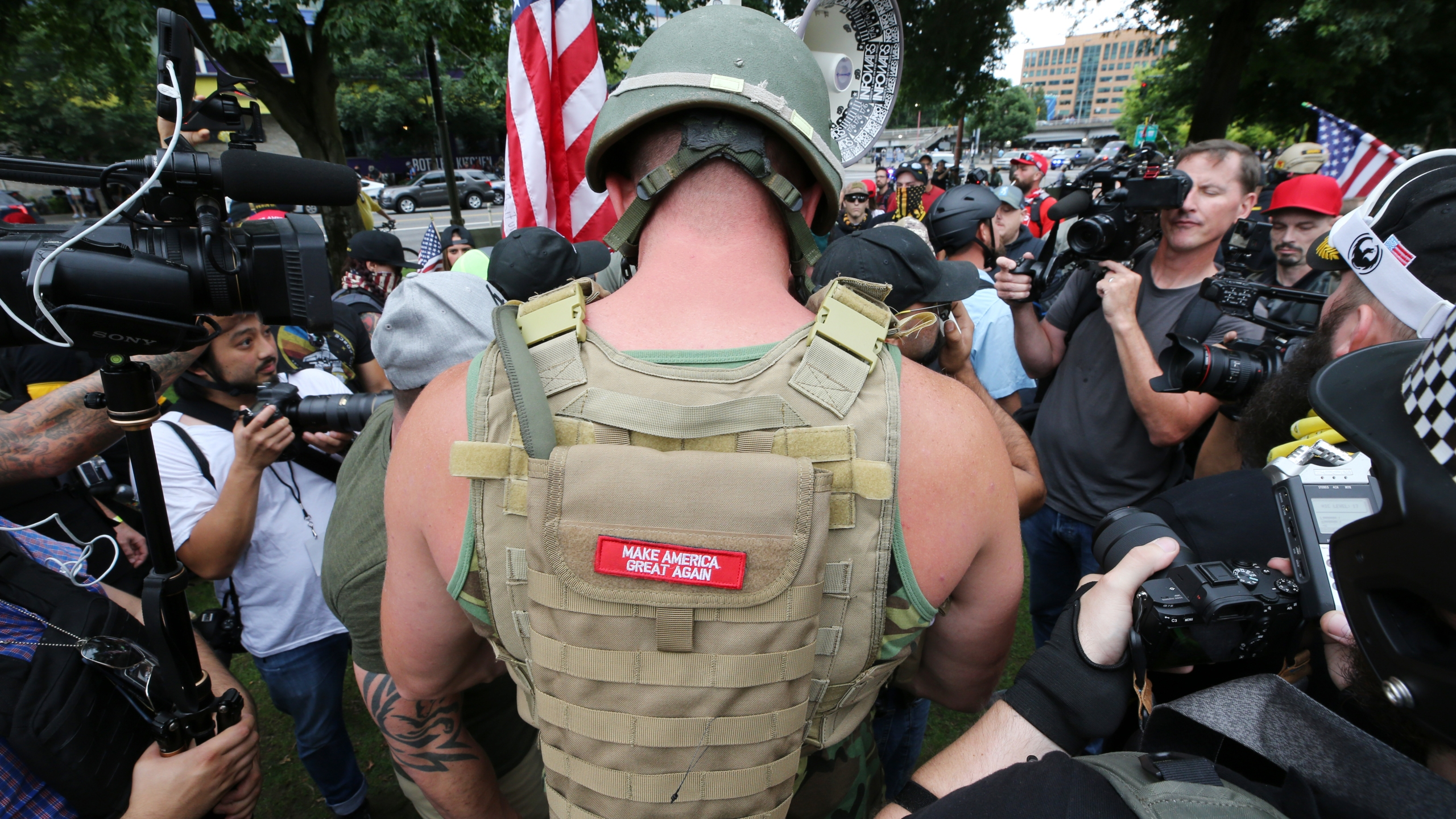 Far-right groups hold a rally at the Tom McCall Waterfront Park on Aug. 17, 2019 in Portland, Oregon. (Credit: Karen Ducey/Getty Images)
