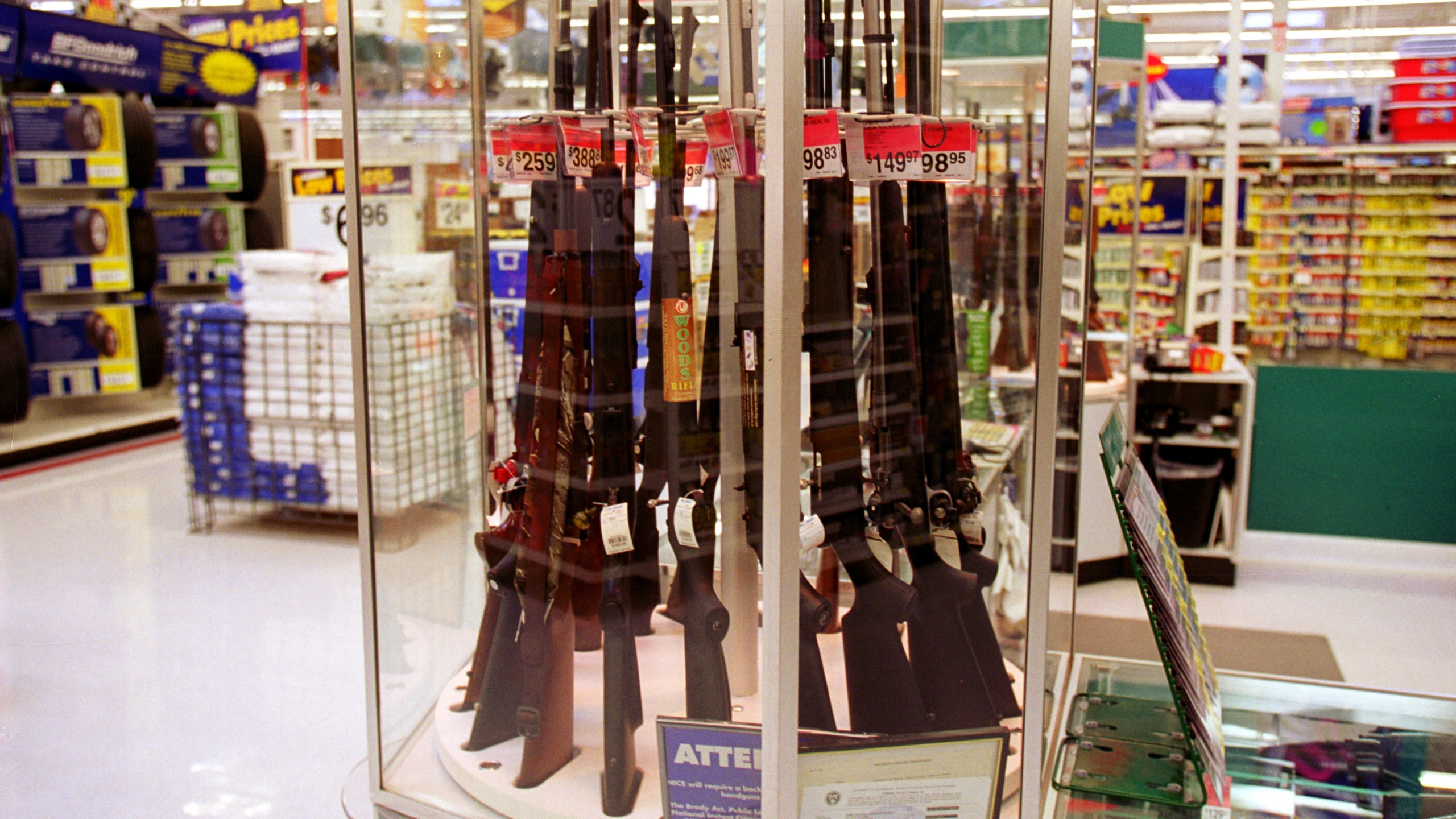 Guns for sale at a Walmart, July 19, 2000. (Credit: by Newsmakers)