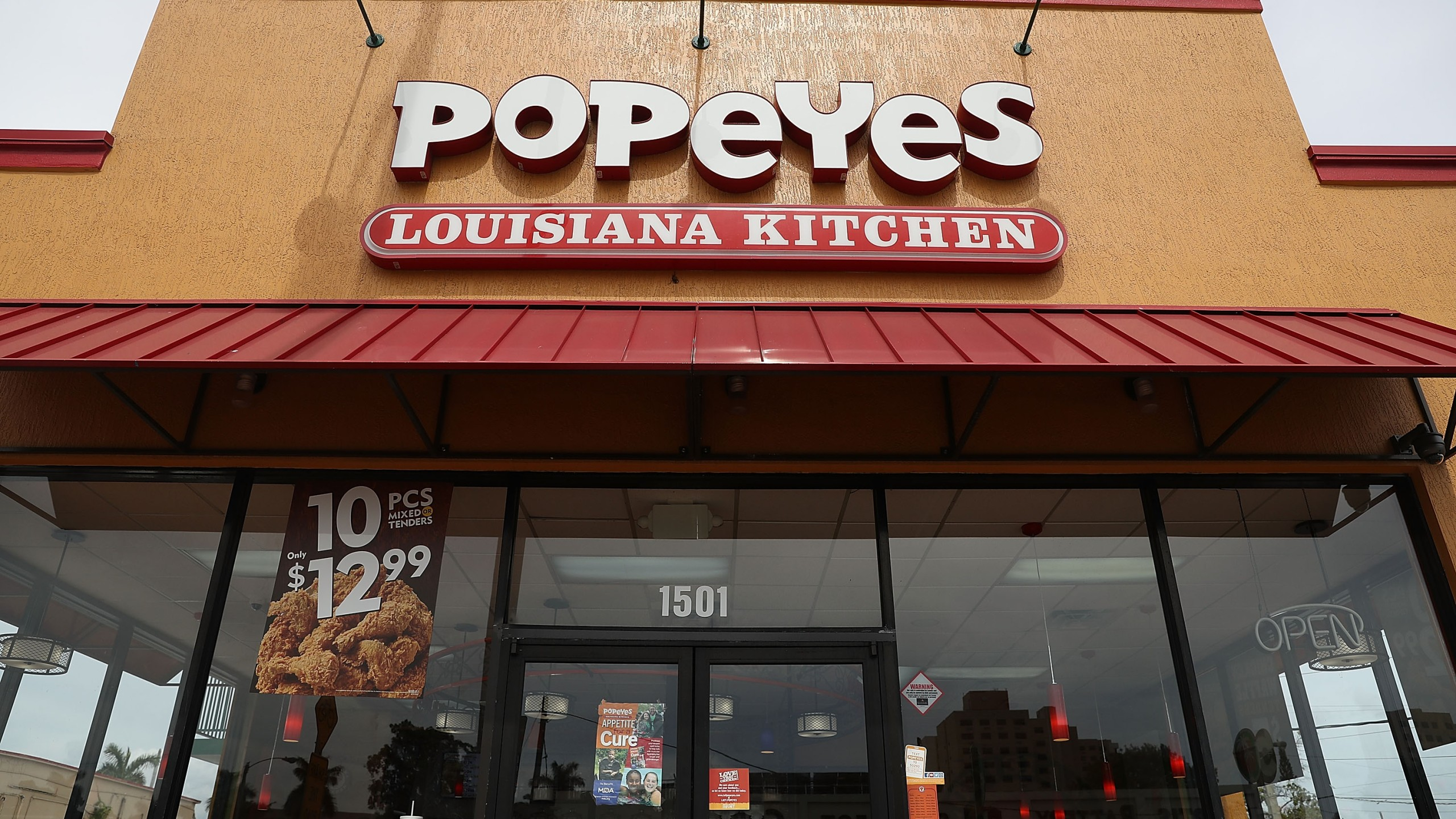 A Popeyes restaurant in Miami, Florida, is seen on Feb. 21, 2017.(Credit: Joe Raedle / Getty Images)
