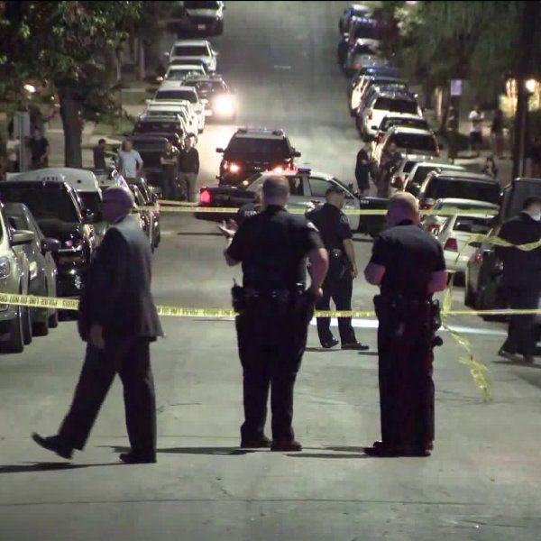 Police investigate a fatal shooting in the 1200 block of Boynton Street in Glendale on Aug. 5, 2019. (Credit: KTLA)