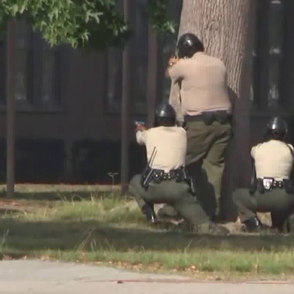 Law enforcement conducts an active shooter drill in Lakewood on Aug. 6, 2019. (Credit: KTLA)