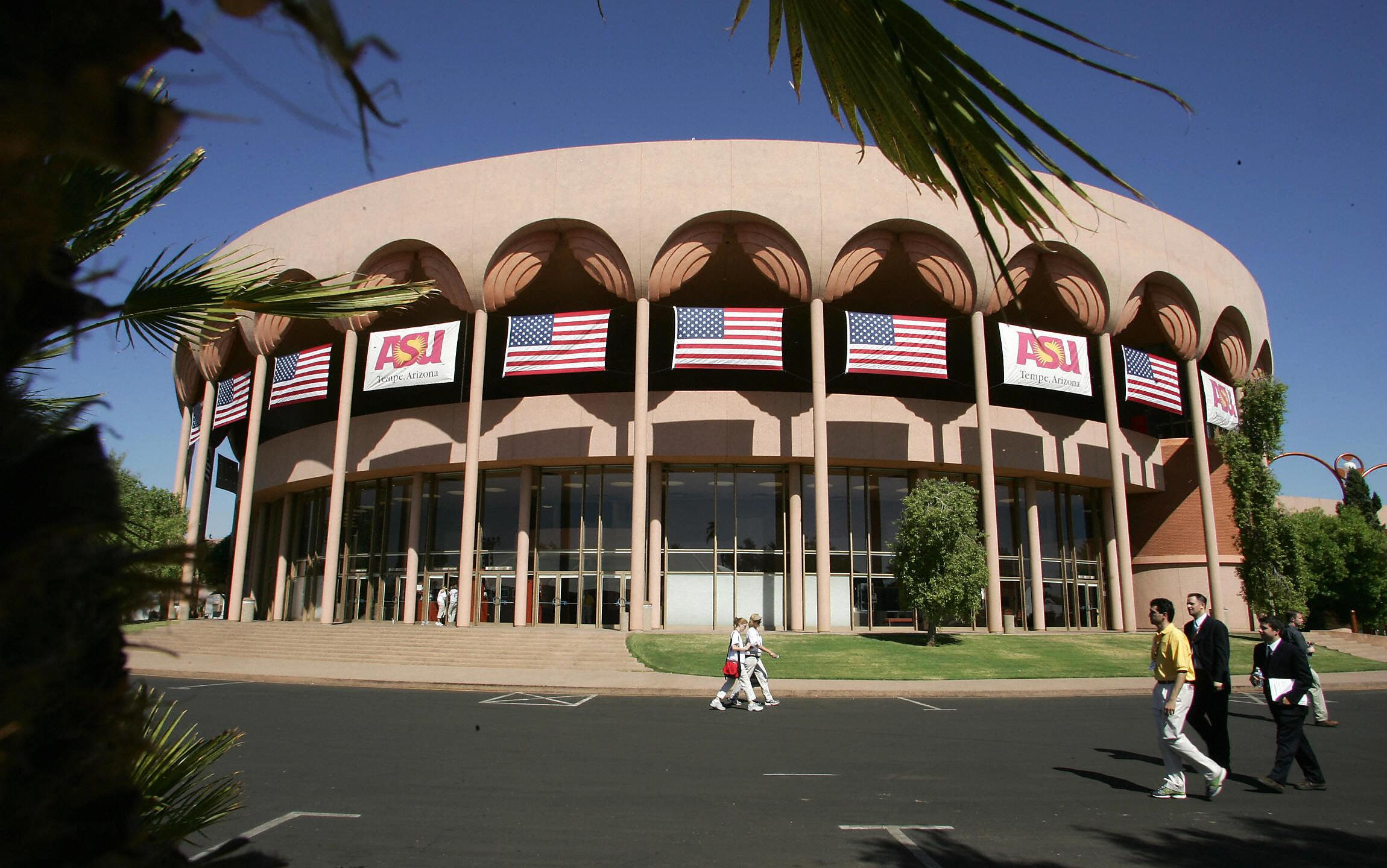 The Gammage Auditorium at the campus of Arizona State University in Tempe is seen on Oct. 13, 2004. (Credit: Robyn Beck/AFP/Getty Images)