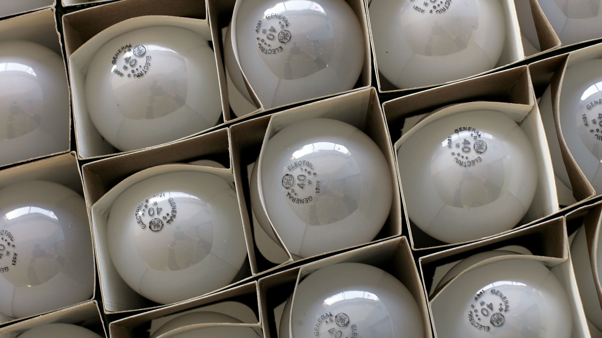 Boxes of incandescent light bulbs are seen at the City Lights Light Bulb Store January 31, 2007 in San Francisco, California. (Credit: Justin Sullivan/Getty Images)