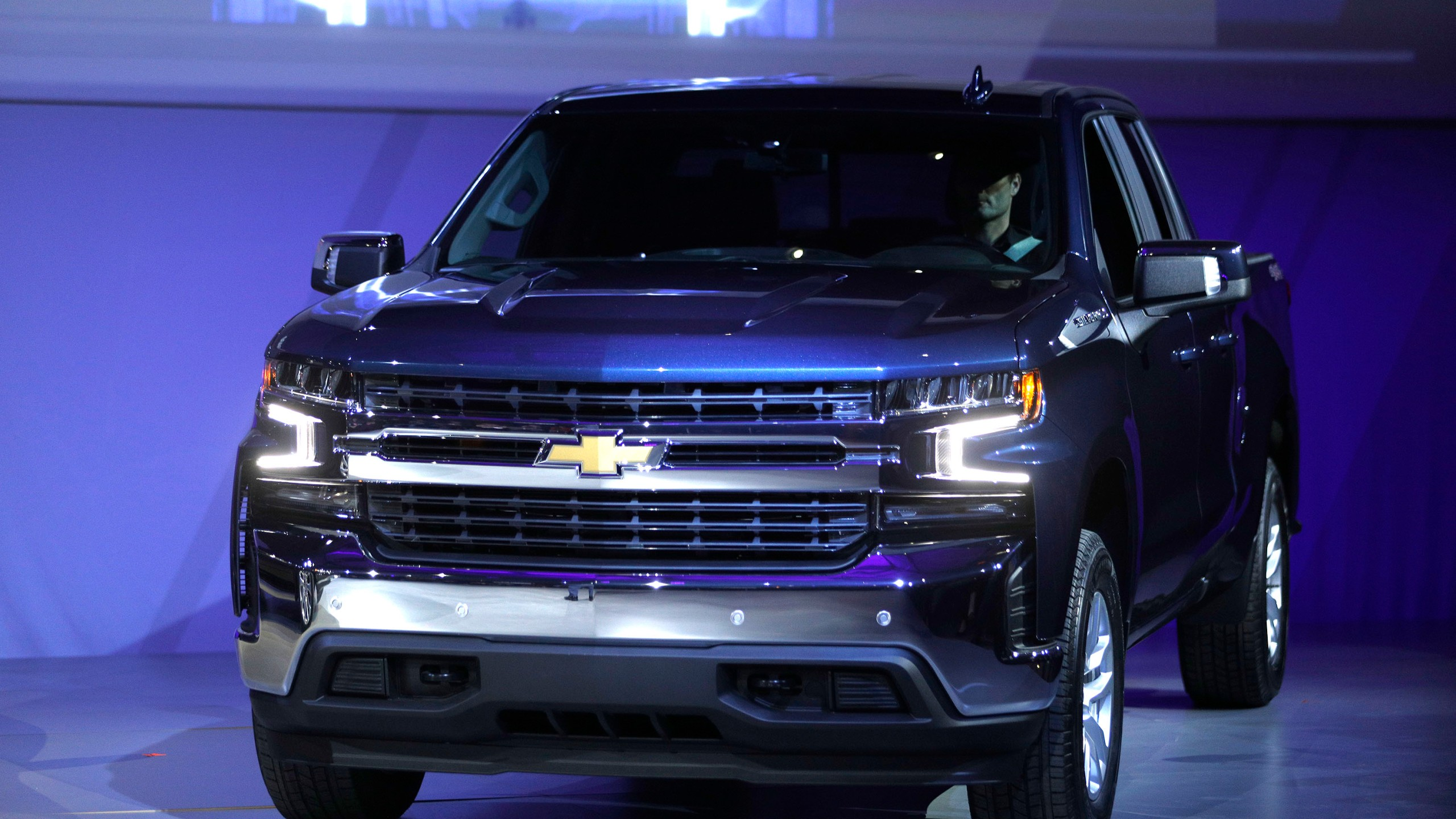 The Chevrolet Silverado 1500 is seen at the 2018 North American International Auto Show on Jan. 13, 2018, in Detroit, Michigan. (Credit: Bill Pugliano/Getty Images)