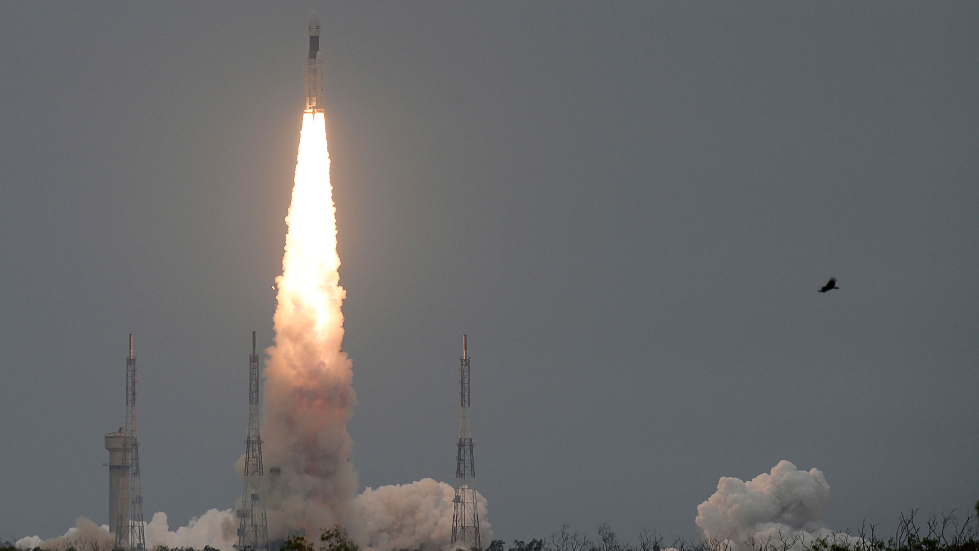 The Indian Space Research Organization's (ISRO) Chandrayaan-2, with on board the Geosynchronous Satellite Launch Vehicle, launches at the Satish Dhawan Space Centre in Sriharikota, an island off the coast of southern Andhra Pradesh state, on July 22, 2019. (Credit: Arun Sankar/AFP/Getty Images)