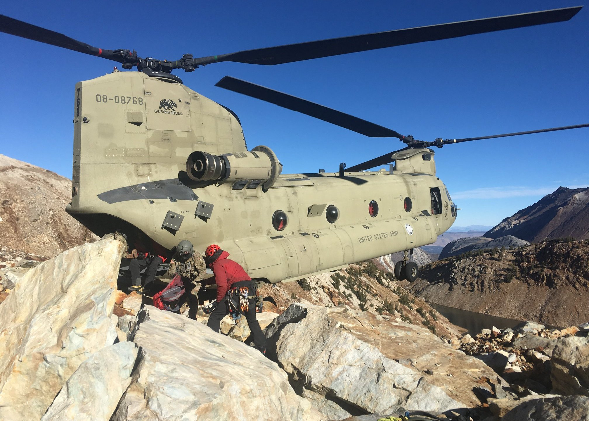 Rescuers are seen during an operation to recover the bodies of two women who died while hiking in the eastern Sierra Nevada on Oct. 29, 2019. (Credit: Mono County Sheriff's Office)