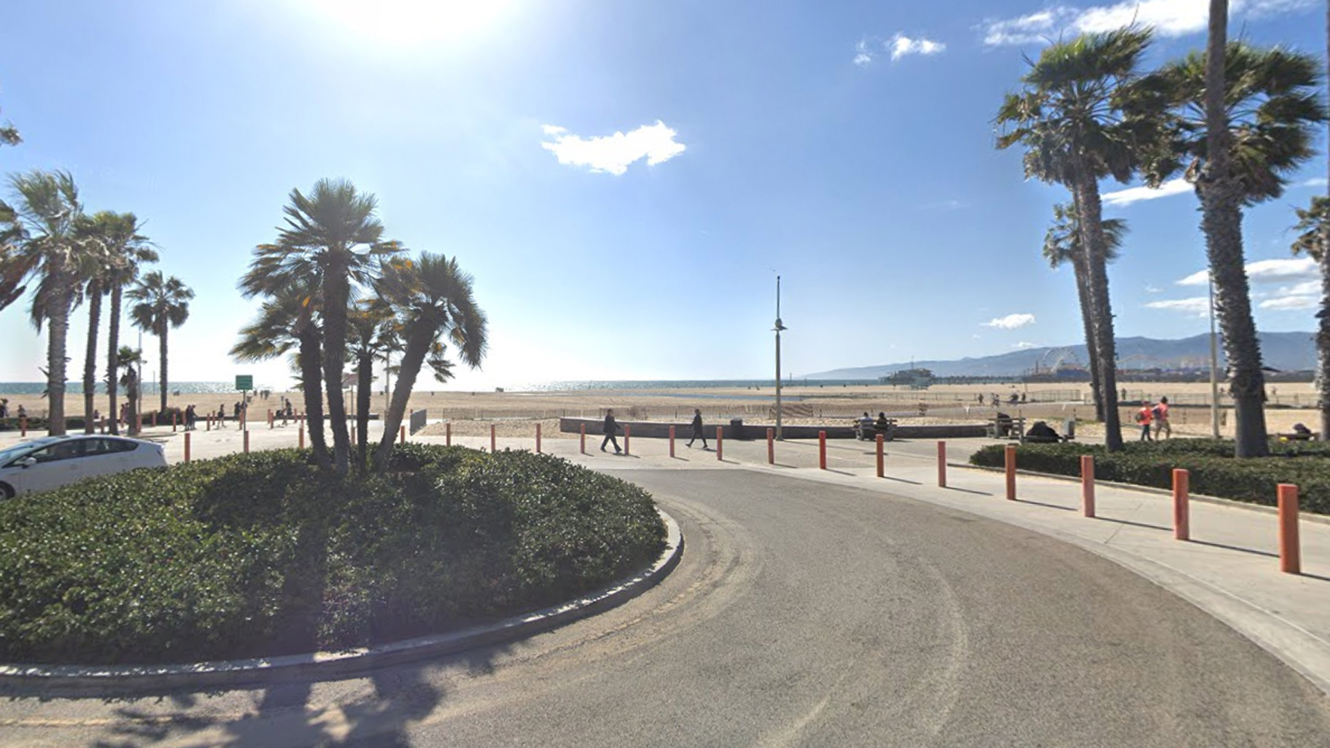 Bay Street near the beach in Santa Monica is seen in this image from Google Maps.